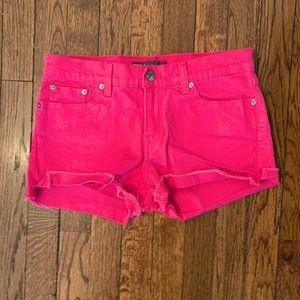 Levi's Pink Jean Shorts Like new! Sz 6